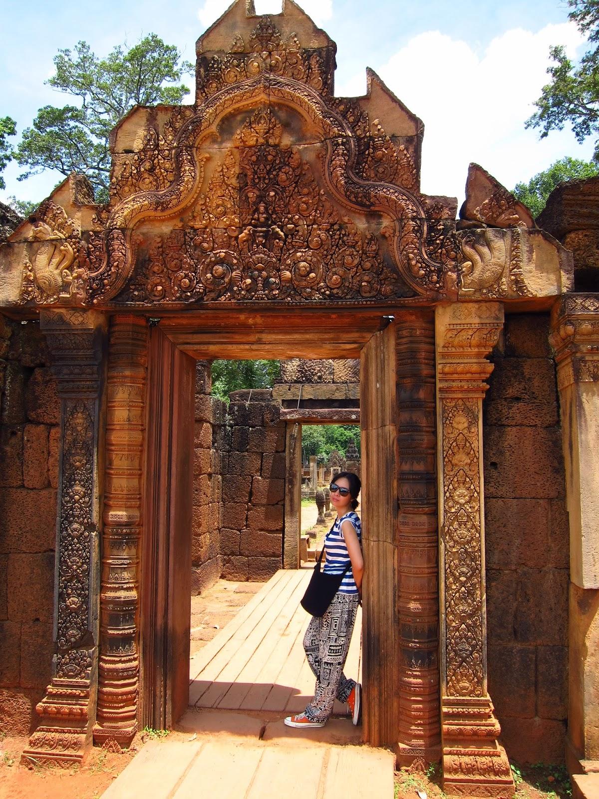 Practical-Pinay_Esay-Querubin_Banteay-Srei_Cambodia_Siem-Reap