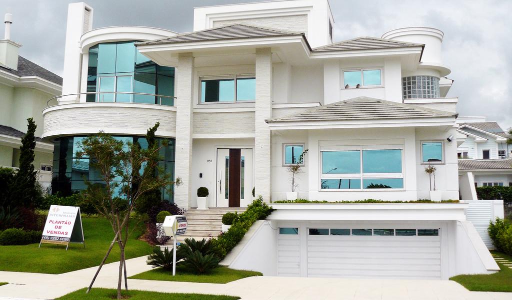 B r arquitetura grandes conceitos nas modernas casas for Casas grandes modernas