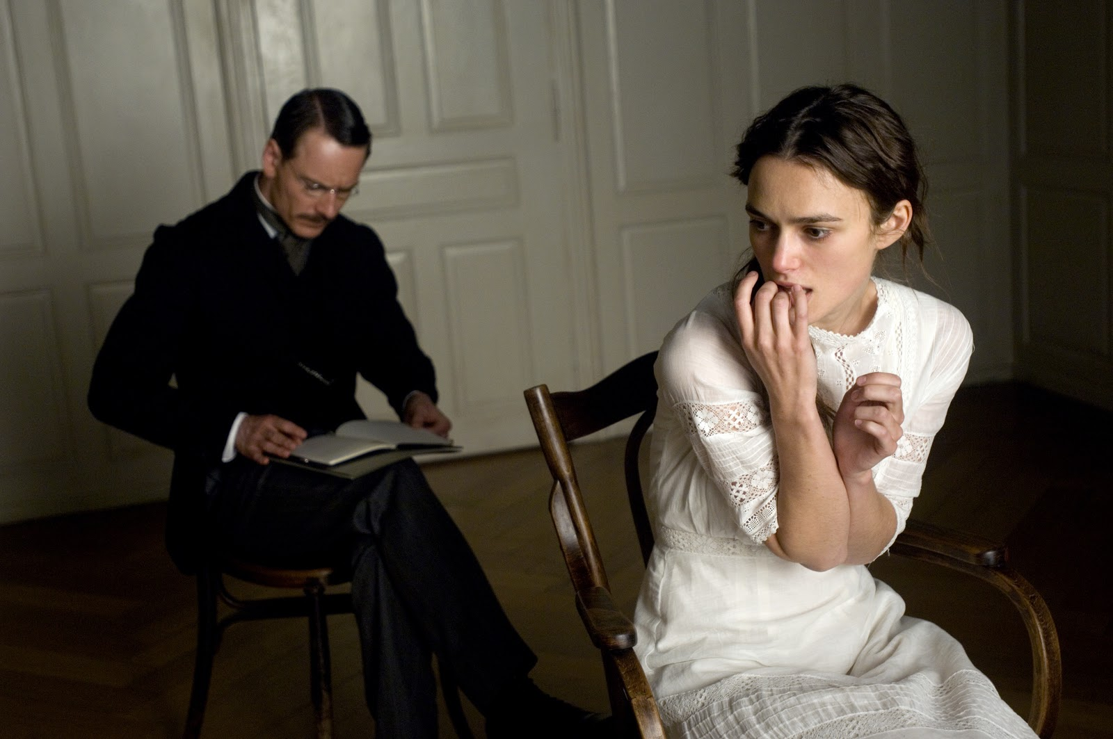 Cinemablographer: In Need of a Spanking A Dangerous Method Freud