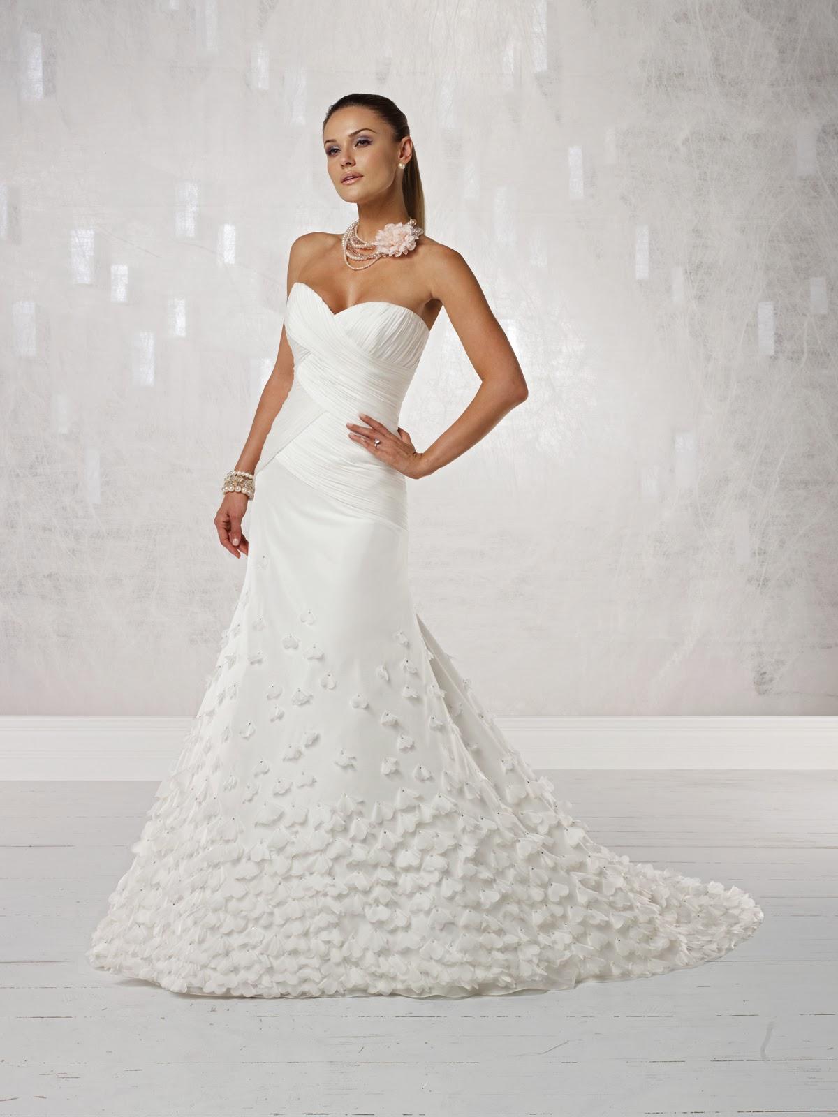Deslumbrantes vestidos de novia tradicionales