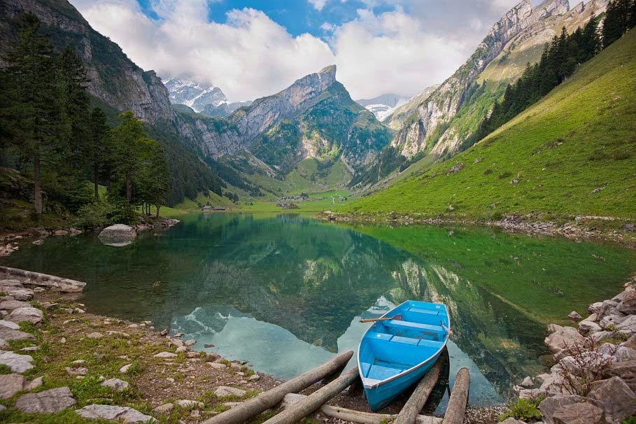 nature-mountains-lake-boat-hd