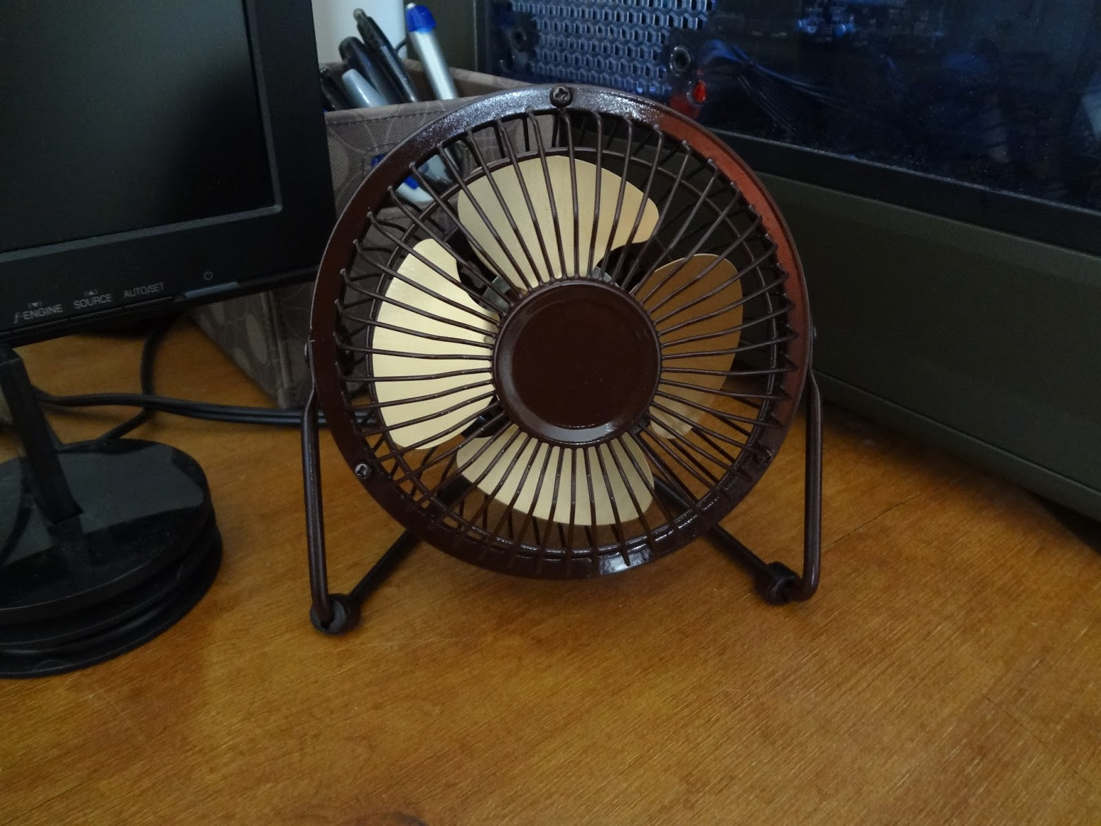 Table Fans At Walmart : New desk fan repainted home tech dad a s