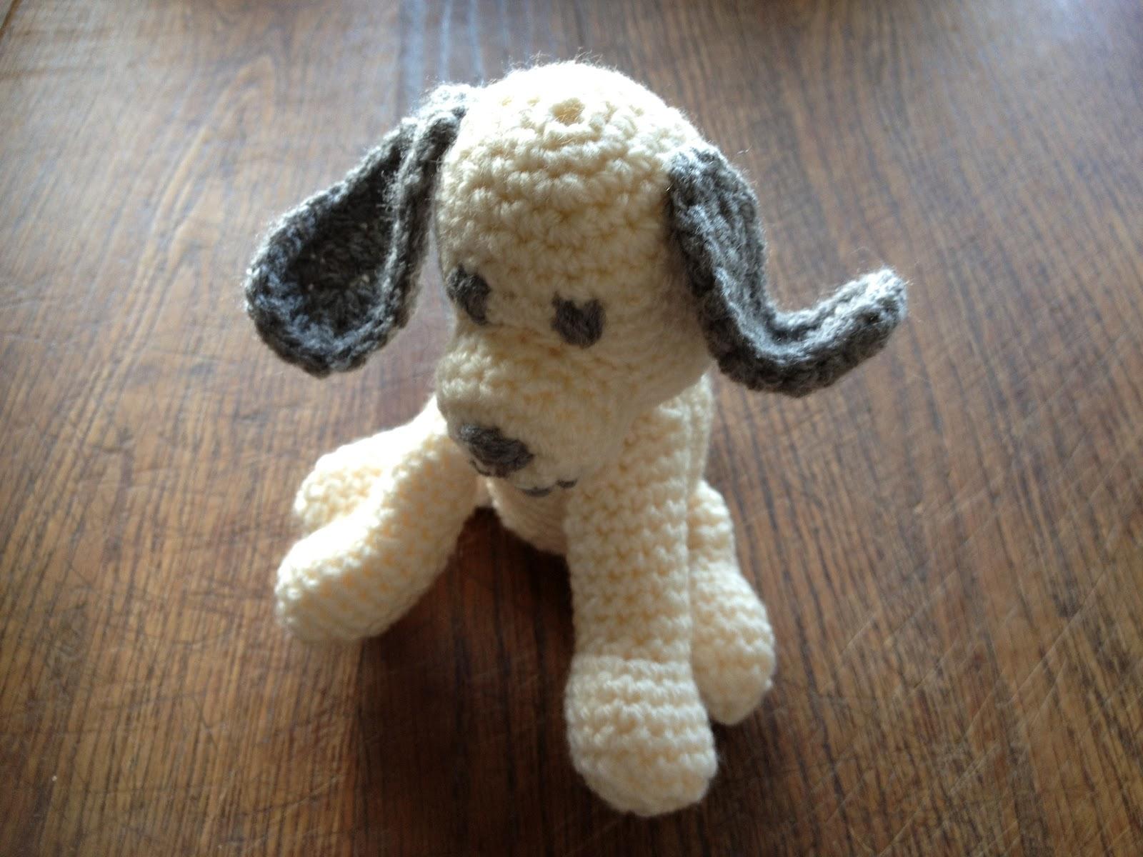R ves de crochet petit chien au crochet little crocheted dog - Petit chien gratuit ...