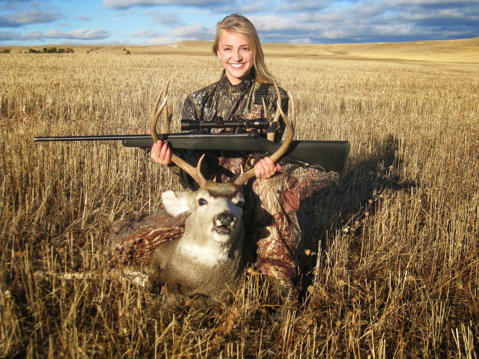 elk girls Lincoln – a bull elk harvested by a seward girl in september is not only the new non-typical record for nebraska, it also ranks 16th in the all-time world records maintained by the boone and.