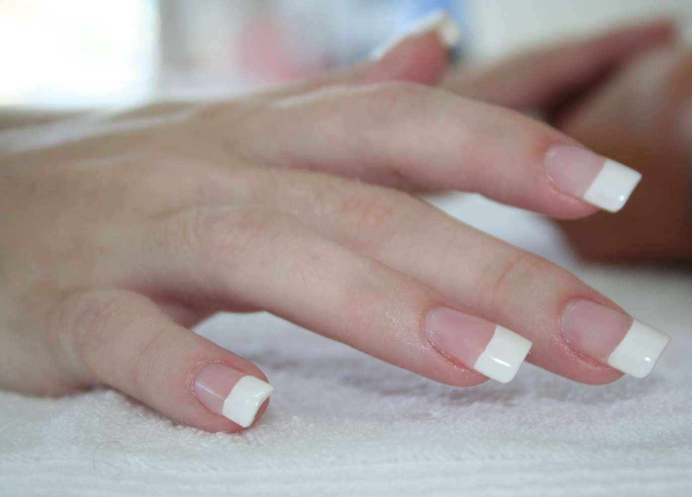 DEALARROW: Silk nail extension