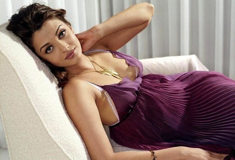 Bollywood actress gallery wallpapers aishwarya rai without clothes aishwarya rai without clothes voltagebd Image collections