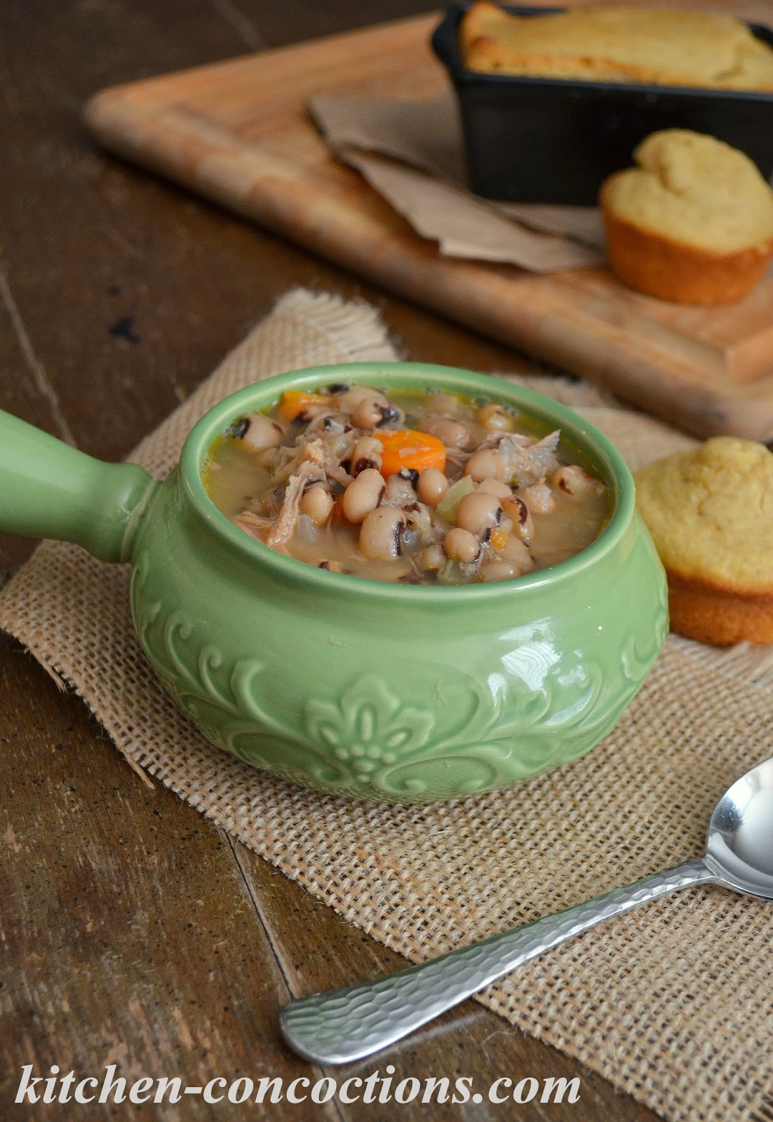 Kitchen Concoctions: Slow Cooker Black-Eyed Pea Soup