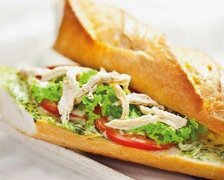 (Bánh kì kẹp thịt gà) - Fried Chicken with Bread