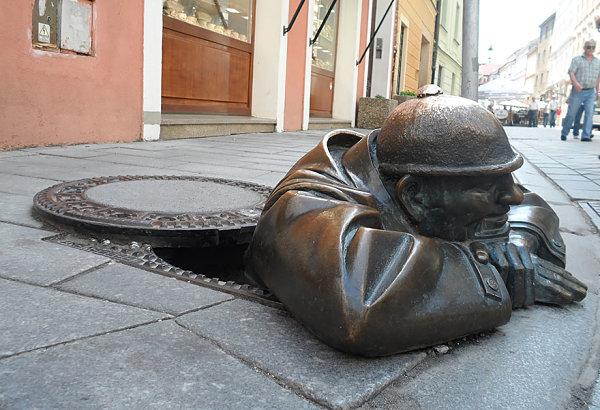 Hombre trabajando, Bratislava, Eslovaquia
