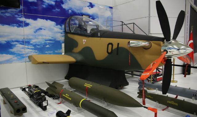 ليبيا قد تشتري الطائرات العسكرية التركية Hurkus+turboprop+traine+02