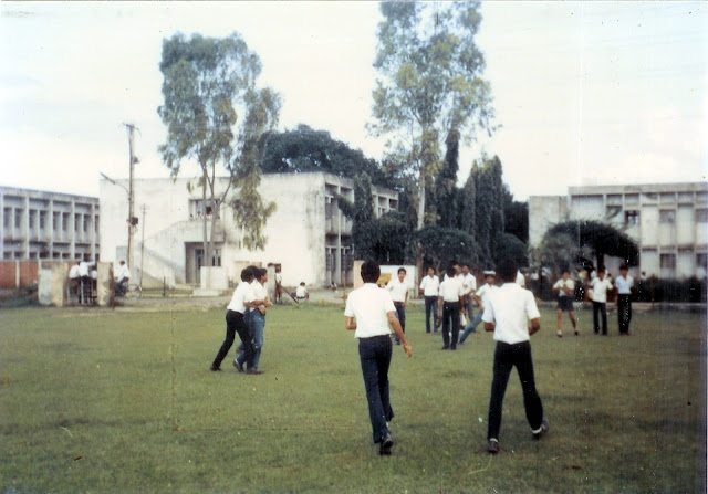 The KV HFC Barauni, School Building and Playground in 1988
