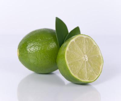 Alternatif Masker Pembersih Wajah dari Bahan Alami yang Mudah Didapatkan dengan jeruk nipis