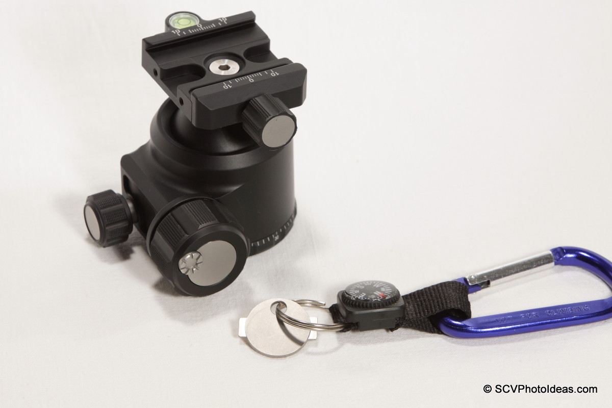 Sunwayfoto Friction Tool on carabiner w/ XB-44 Ballhead