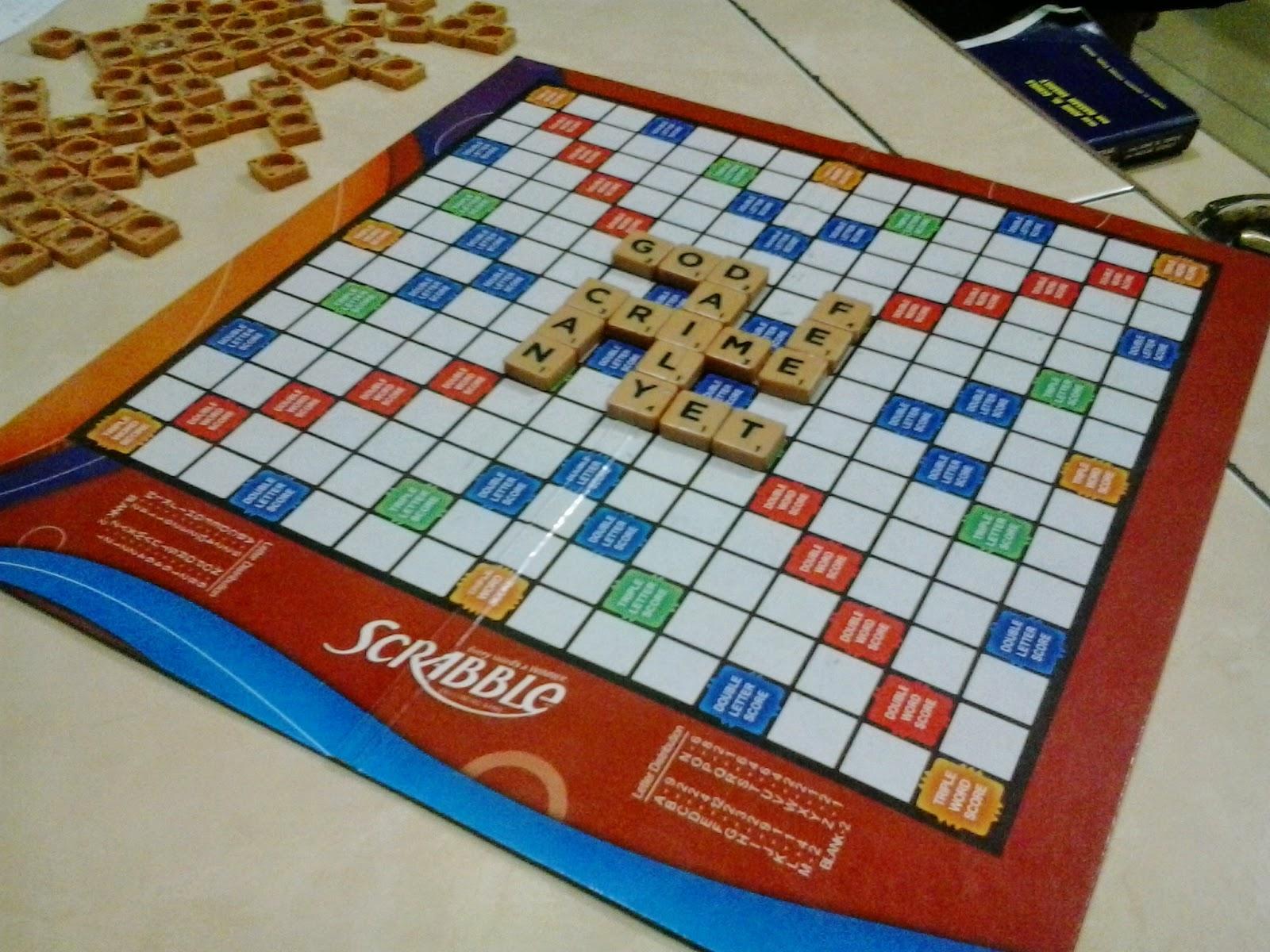 Scrabble bentuk lambang Nazi