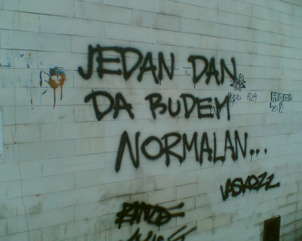 Beogradski grafiti i poruke komšijama Beograd+Grafiti+Image081