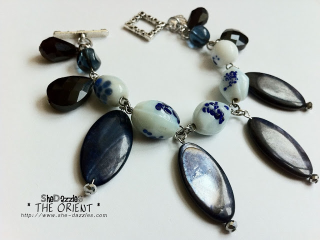 ar186-charm-bracelet-white
