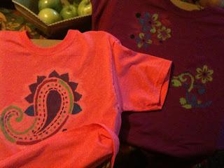 fabric art, crafts, fabric paint, stencil, tee, t-shirts, evil genius tees