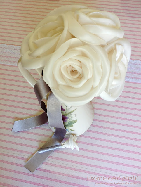 Bridal bouquet in ivory