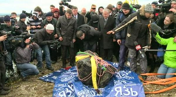 Inilah Sisa Meteorit yang Menghantam Rusia