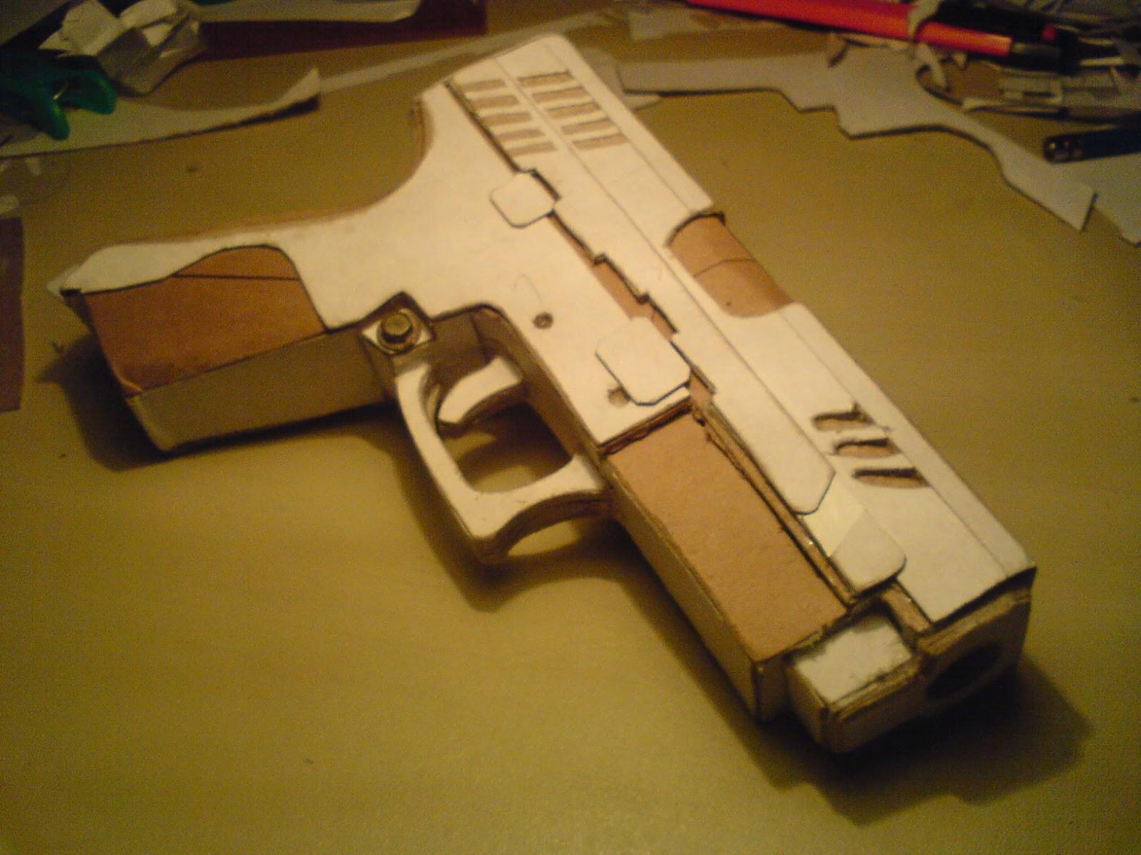 Pistola Blacktail - Resident Evil DSC04436