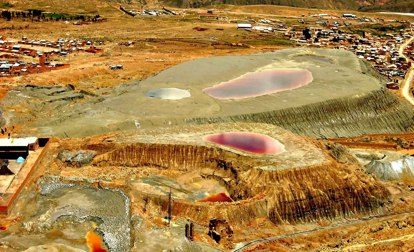 Minería sin retenciones: la FUA cuestionó a Macri
