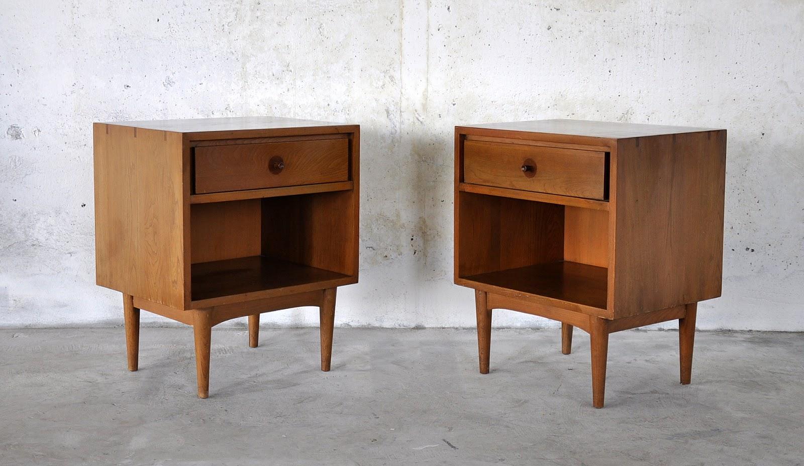 Mid century modern nightstands for sale elegant pair of for Modern nightstands for sale