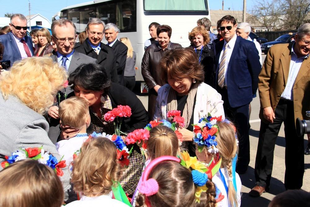 4月のチェルノブイリ森林火災で被曝し家を失った子どもたちに寄付金を!Donation for Chernobyl kids in wildfire, please!