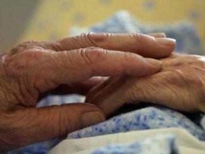 """Και άλλη ηλικιωμένη θύμα από """"έμπιστη"""" αλλοδαπή οικιακή βοηθό..."""