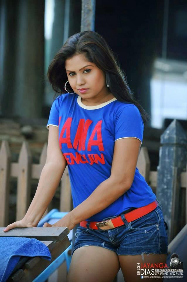 Tharu Arabewaththa shorts mini