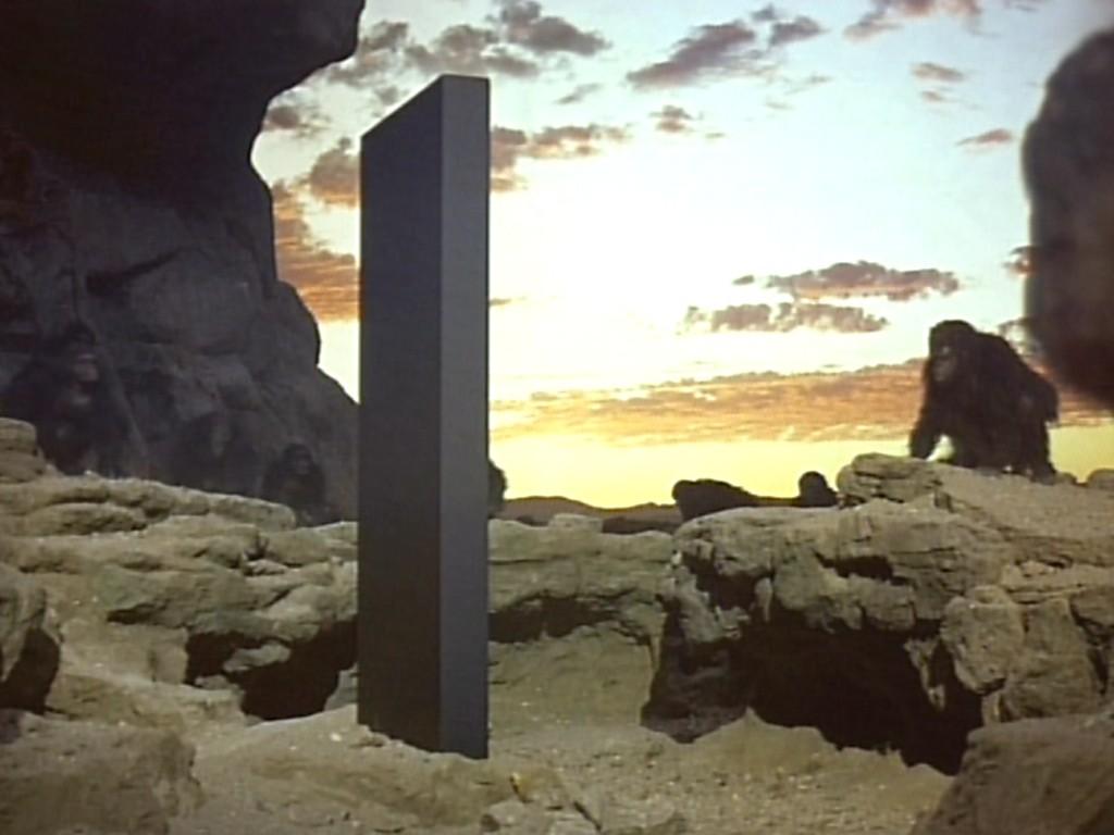 http://2.bp.blogspot.com/-oeVtbDBJyaM/T9tJnZ0z3UI/AAAAAAAACLc/vXwZZFhu8Vc/s1600/2001+A+Space+Odyssey+1.jpg