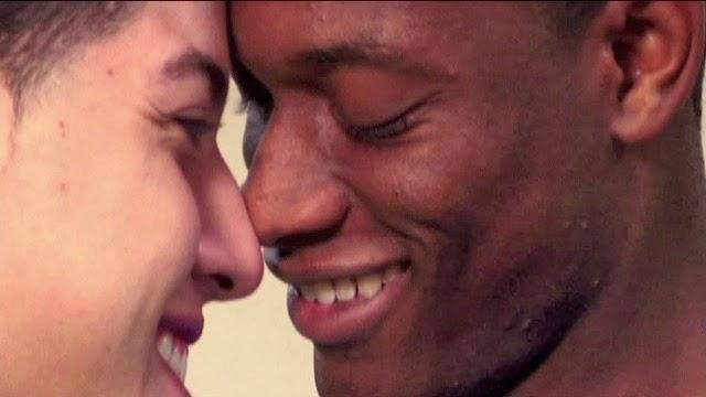 Uno contra otro, cortometraje gay