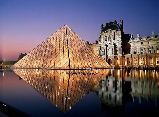 gia ve may bay di phap - Bảo tàng Louvre