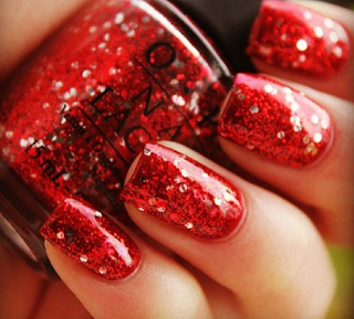 5 Fabulous Nails Shades For The Holiday Season!