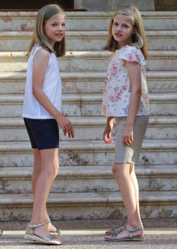 Spanish Royal Family's Annual Summer Photocall 2015