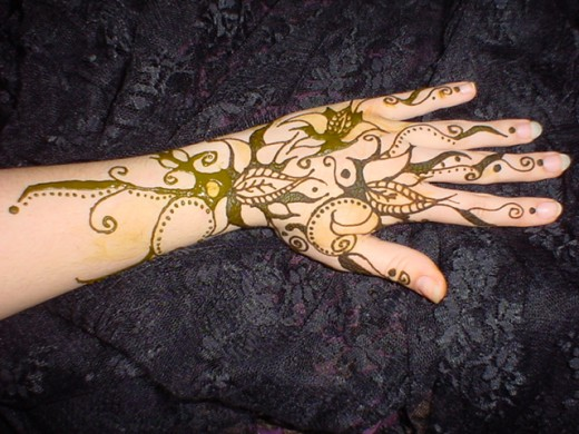 Simple Hand Mehndi designs 2012