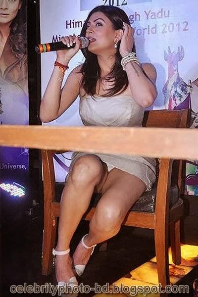 Bollywood+Actresses+Wardrobe+Malfunction+Pics002