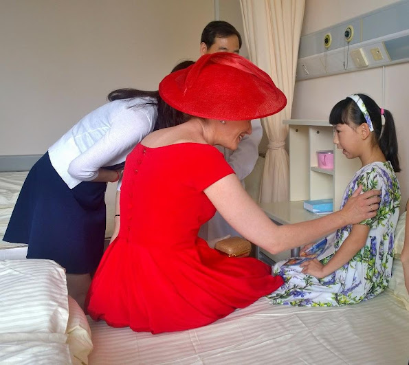 Queen Mathilde visited the 9th Peoples Hospital in Shanghai