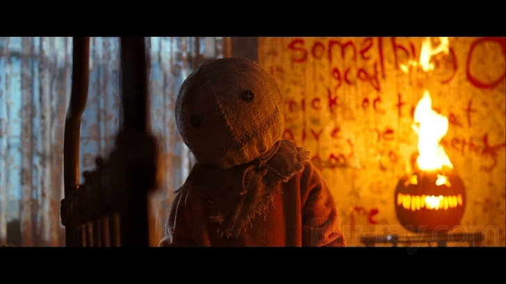 Candy and a Movie: Movie #81 Trick 'R Treat