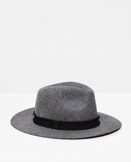 http://m.zara.com/es/es/mujer/accesorios/sombreros/sombrero-ala-corta-c733916p2773730.html