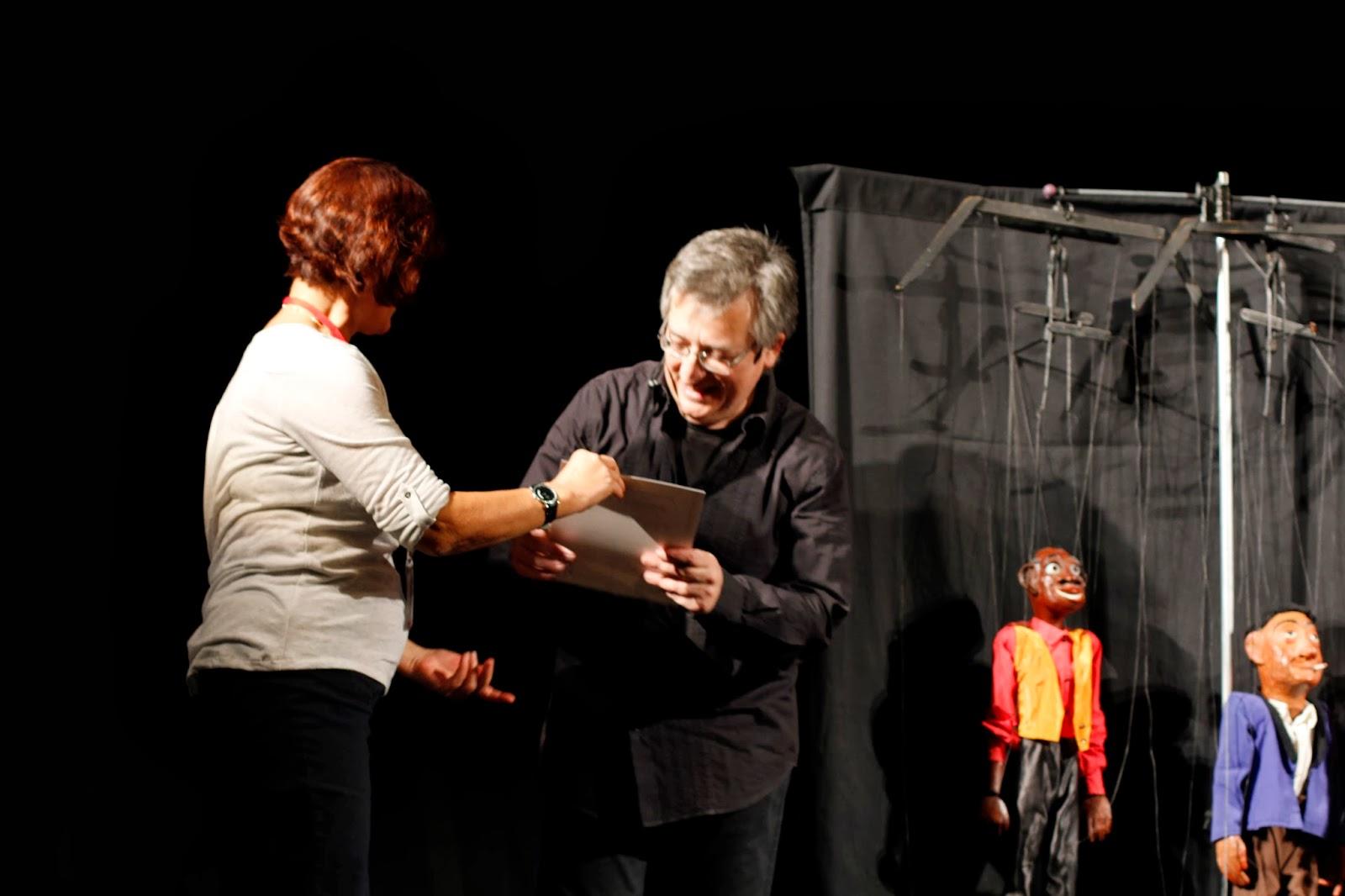 Receiving the certificate SOLOIST Rocamora Teatre