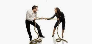 Άνδρες εναντίων γυναικών: Η αιώνια πάλη των 2 φύλων! Γιατί τα 2 φύλα συμπεριφέρονται σαν ξένοι μεταξύ τους