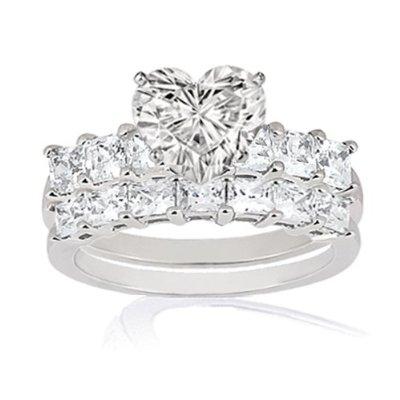 Heartshaped wedding rings bridal set Ali wolf style wedding