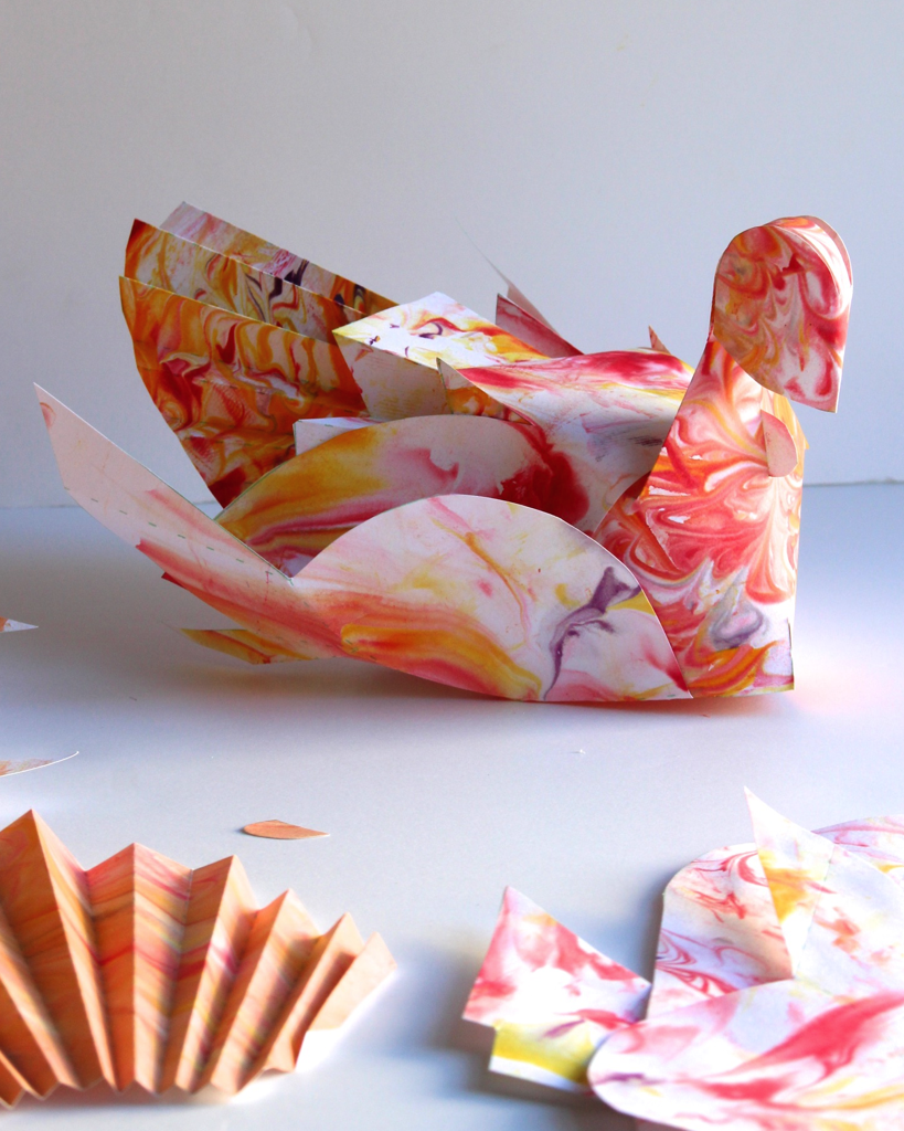 Now here is a kids turkey project that I will actually want to display on the Thanksgiving table!