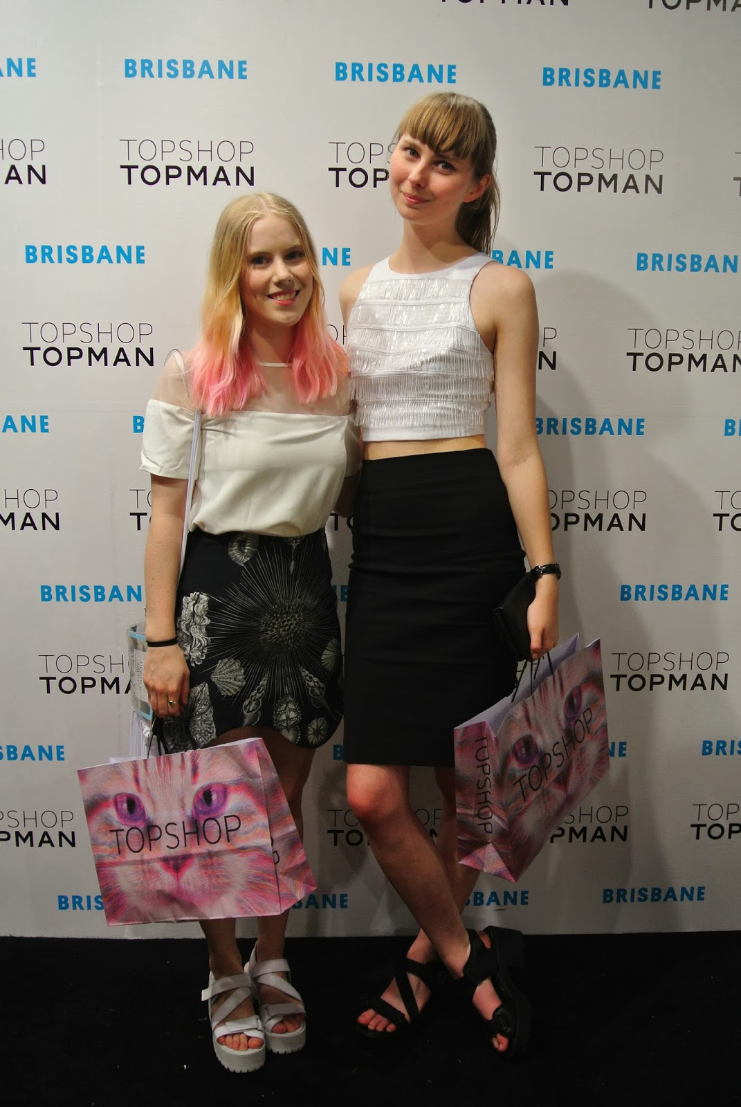 Topshop launch party, topshop brisbane bloggers, topshop brisbane opening, topshop brisbane launch party, beaded white crop top, black zara pencil skirt, sara phillips iris skirt, sara phillips shells skirt