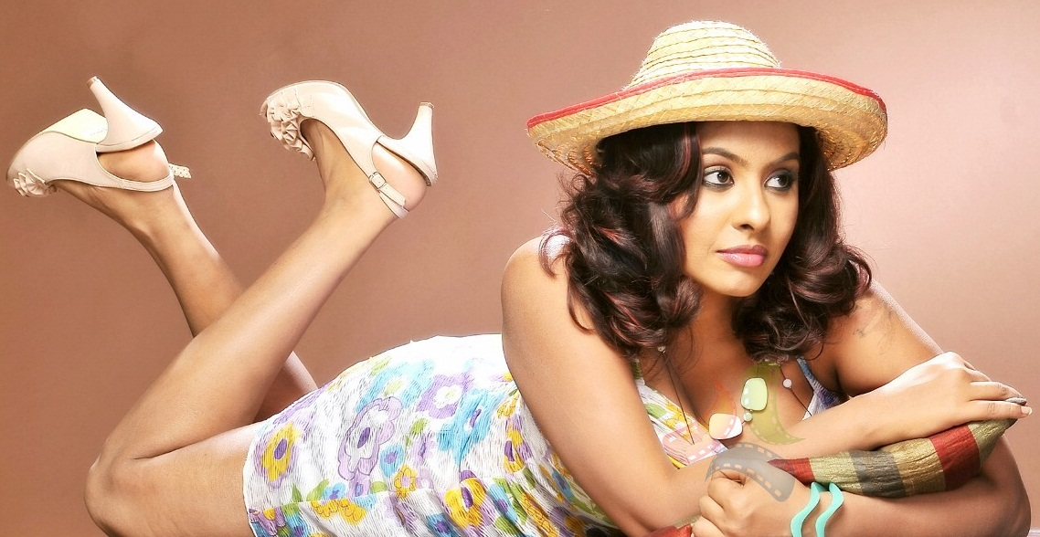 ACTRESS GALLERY: SRILEKHA