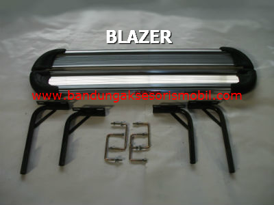 Footstep Samping Freelander Blazer