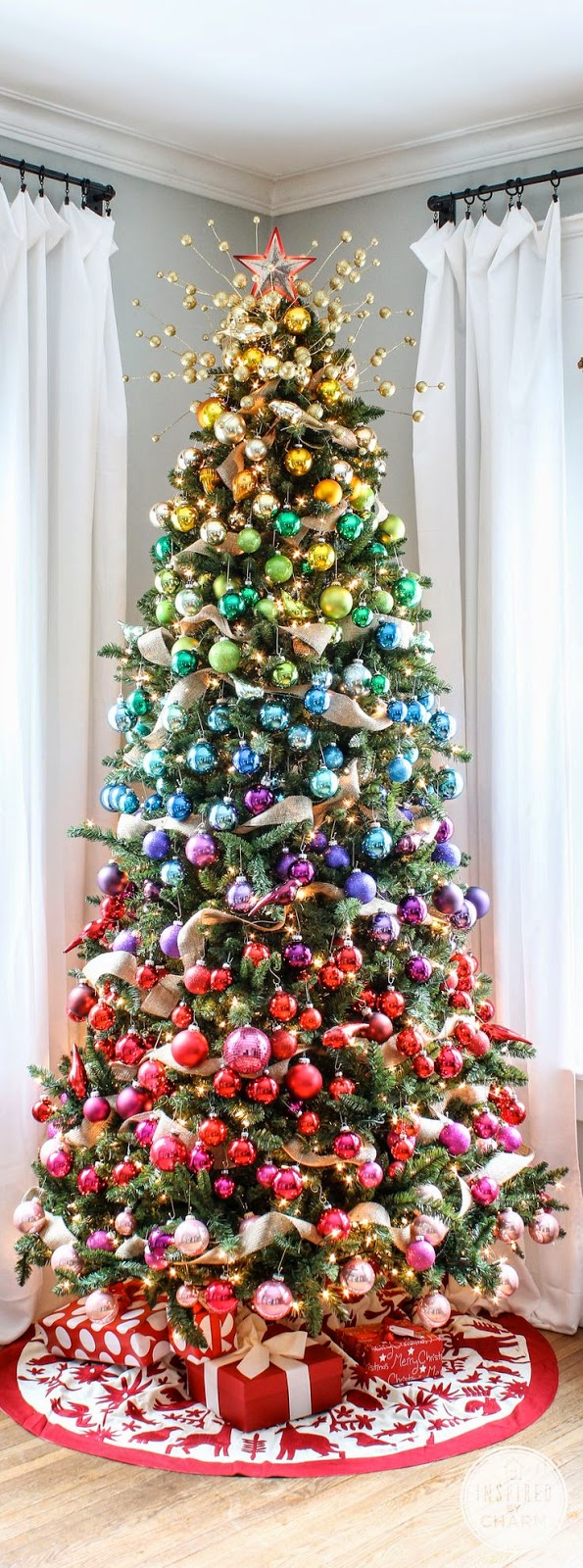 ♥ ♫ ♥ A Colorful Christmas Tree ♥ ♫ ♥