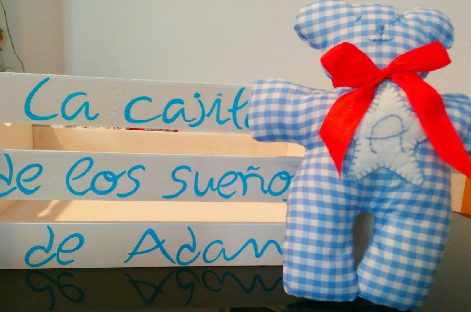 Caja de madera pintada y decorada a mano para beb s con amor - Cajas decoradas para bebes ...