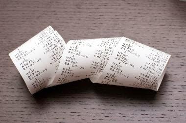 Conheça as vantagens no IRS de 2015, ao pedir factura...