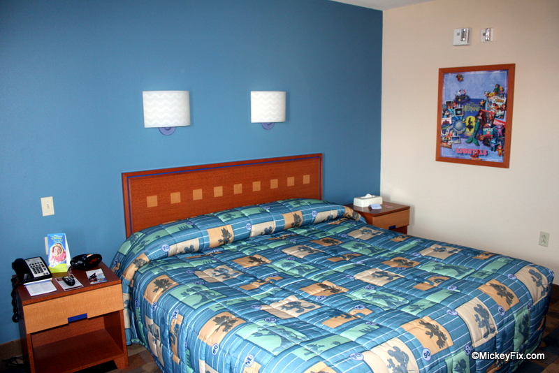 Disneys pop century resort guest review the world of deej standard room with king bed publicscrutiny Images